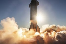 SpaceX may attempt to catch a missile that is falling into a launch tower