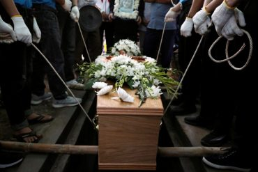 Long prison terms of men involved in Vietnamese truck deaths
